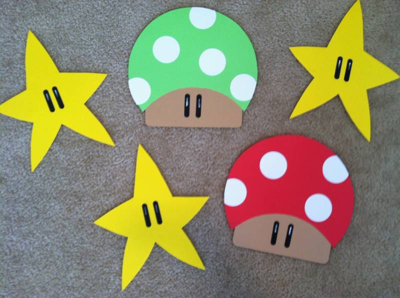 Super mario bros decorations by clevercouponchick at for Mario decorations