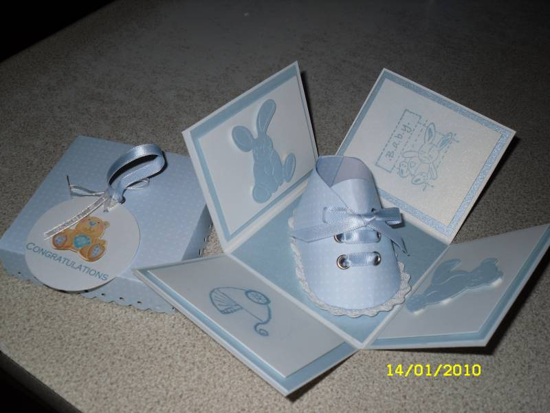 baby shoe exploding box by carolewithane