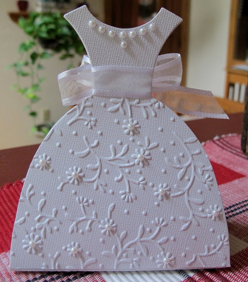 Bridal shower favor by susie b at splitcoaststampers for Boxes for wedding dresses